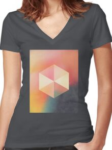 syzygy Women's Fitted V-Neck T-Shirt