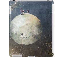 Men walk on Moon iPad Case/Skin