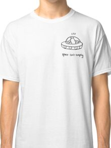 space isn't empty Classic T-Shirt