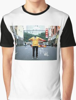 Invisible in the city. Urban Explorer Graphic T-Shirt