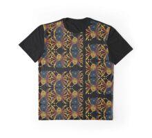 Ariadne's mirror Graphic T-Shirt