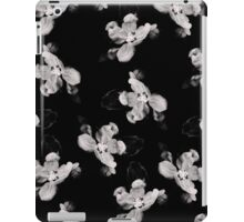 Black and White Flower Tile iPad Case/Skin