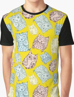 Contour funny owls seamless pattern. Ink splashes owl. Cute animal. Graphic T-Shirt