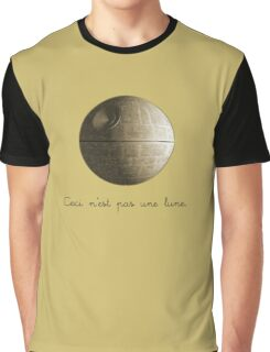 Ceci n'est pas une lune pipe Star Wars That's No Moon Death Star Deathstar Graphic T-Shirt