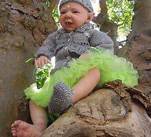 Hayden the Pixie tree spirit by jomash