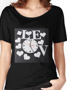 wacth love Women's Relaxed Fit T-Shirt