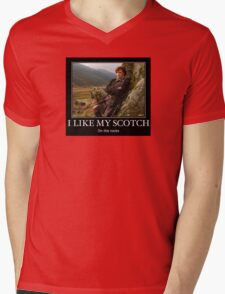 I like my scotch on the rocks - Outlander Mens V-Neck T-Shirt