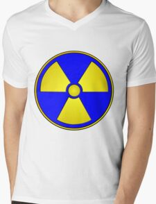 Radioactive Fallout Gamer Geek Mens V-Neck T-Shirt