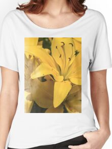 Summer Lilies Women's Relaxed Fit T-Shirt