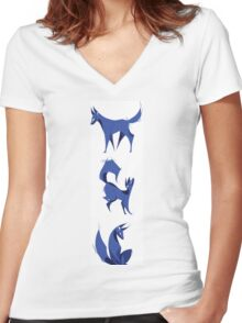 Blue Hound Women's Fitted V-Neck T-Shirt