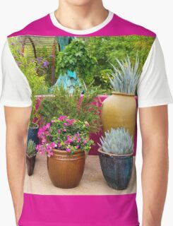 It Is Good To Be Among Friends Graphic T-Shirt