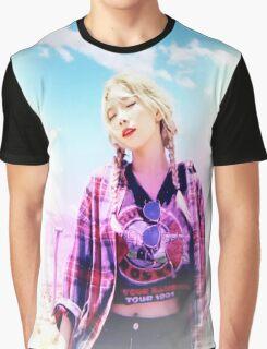 Taeyeon (김태연) Why (태연) T-shirt (snsd) Graphic T-Shirt