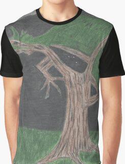 Tragon Graphic T-Shirt