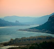 Columbia Gorge by awanderingsoul