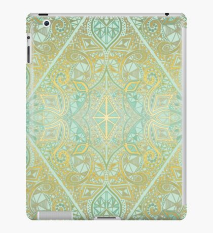 Mint & Gold Effect Diamond Doodle Pattern iPad Case/Skin