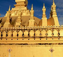 Tat Luang closeup by fenjay