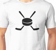 Crossed hockey sticks puck Unisex T-Shirt