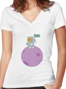 Space Bear Landing Women's Fitted V-Neck T-Shirt