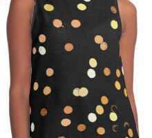 Dots, dots, dots! Abstract light reflection at night Contrast Tank