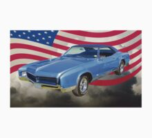 1967 Buick Riviera With United States Flag Kids Tee