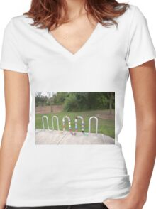 Knitted Worm Women's Fitted V-Neck T-Shirt
