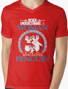 Penguins - Never Underestimate A Woman Who Loves Penguin Mens V-Neck T-Shirt
