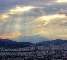 Sunbeams over the Mountains by Vicki Spindler (VHS Photography)