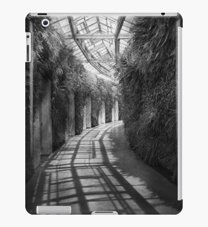 Architecture - The unchosen path - BW iPad Case/Skin