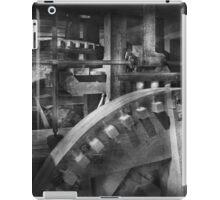 Steampunk - Runs like clockwork iPad Case/Skin