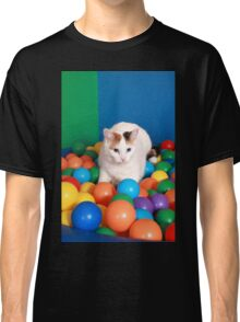 Cat Playing in balls Classic T-Shirt