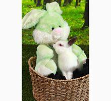 Rabbit kissing Bunny Unisex T-Shirt