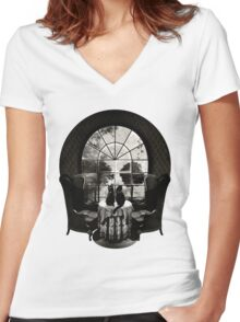 Room Skull Women's Fitted V-Neck T-Shirt