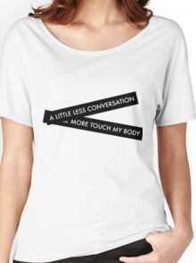 Into you Women's Relaxed Fit T-Shirt
