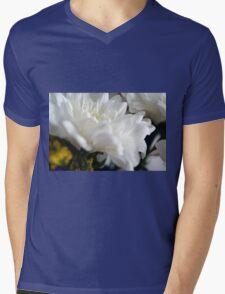 White flower macro. Mens V-Neck T-Shirt