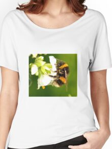 Bee In Peebles Garden Women's Relaxed Fit T-Shirt