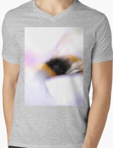 Dreamy Bee Mens V-Neck T-Shirt