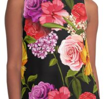 Bouquet of roses. Contrast Tank