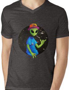 AlienAce Mens V-Neck T-Shirt