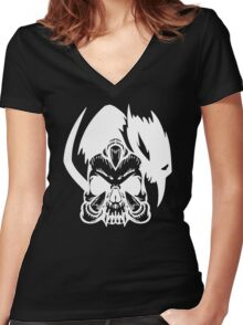 Skull Claw Women's Fitted V-Neck T-Shirt