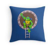 TURTLES IN TIME - LEONARDO  Throw Pillow