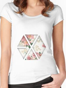 EXO Floral Women's Fitted Scoop T-Shirt