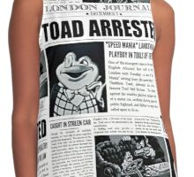 Toad Arrested Newspaper Contrast Tank
