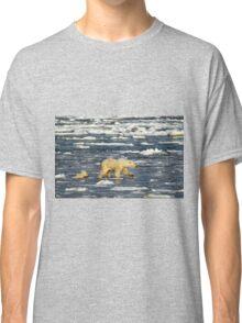 Polar Bears: Mother & Cub Struggling in Hudson Bay, Canada  Classic T-Shirt