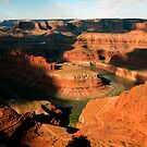 Dead Horse Point, Canyon Lands, Utah. by philw