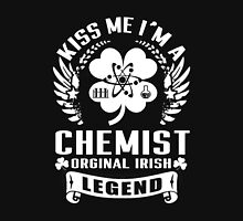 Chemistry - Kiss Me I'm A Chemist Orginal Irish Legend Unisex T-Shirt