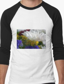 White flower macro, natural background. Men's Baseball ¾ T-Shirt