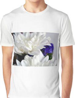 White flowers macro, natural background. Graphic T-Shirt