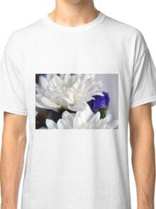 White flowers macro, natural background. Classic T-Shirt