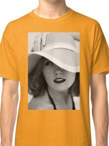 shaded looks Classic T-Shirt