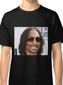 snoop dogg wearing sunglasses  Classic T-Shirt